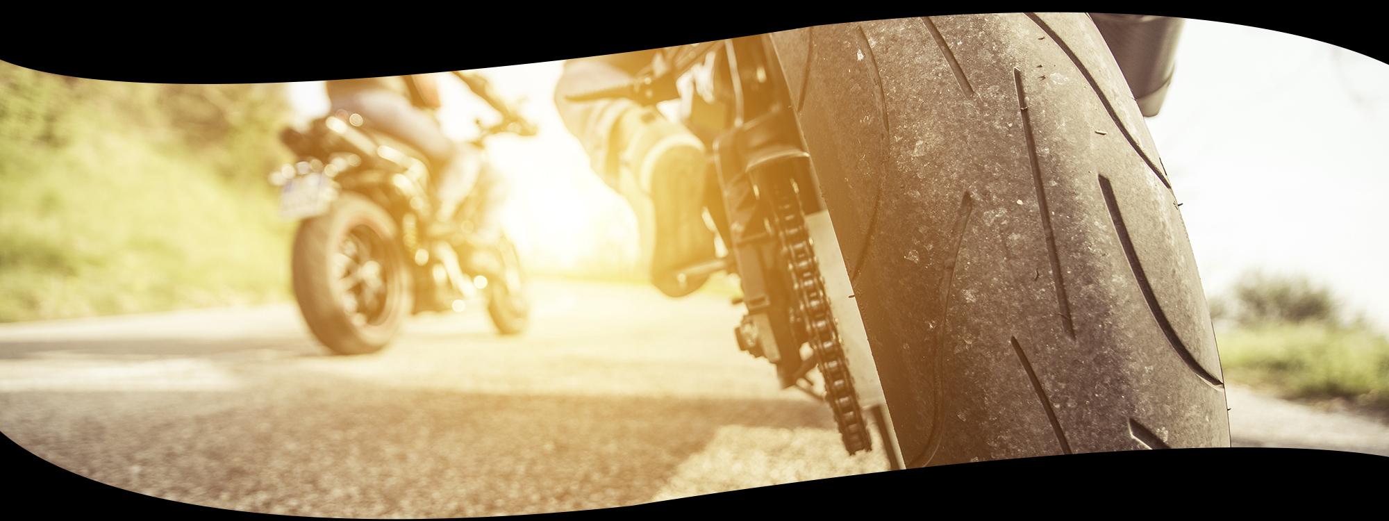 equipement du motard avec brigitte moto accessoiriste motos route et tout terrain chen ve. Black Bedroom Furniture Sets. Home Design Ideas